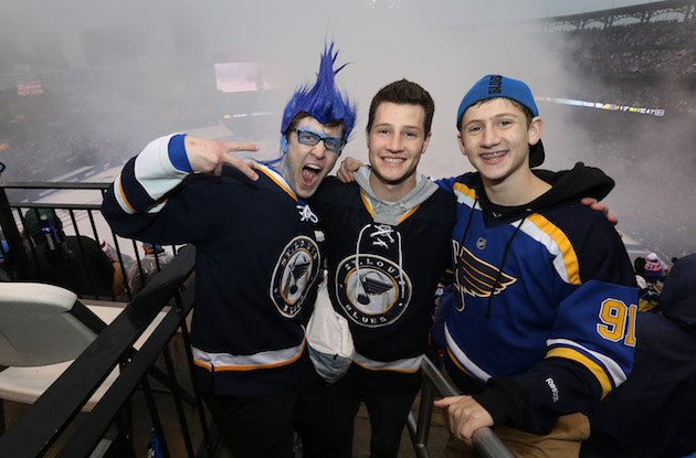 ST LOUIS, MO - JANUARY 02: Fans celebrate the St. Louis Blues 4-1 win over the Chicago Blackhawks in the 2017 Bridgestone NHL Winter Classic at Busch Stadium on January 2, 2017 in St Louis, Missouri. (Photo by Jared Silber/NHLI via Getty Images)