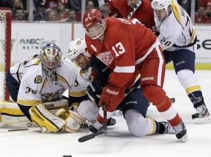 Predators top Red Wings 3-1, take 3-1 series lead