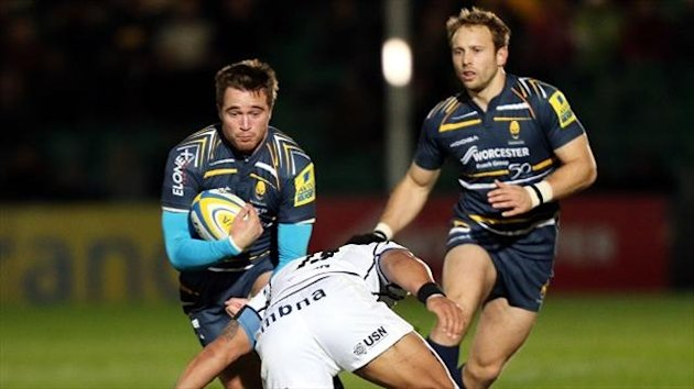 Scotland centre Alex Grove has signed a new contract at Worcester Warriors.