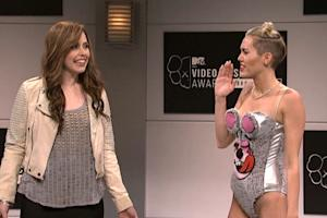 Miley Cyrus 'SNL' Ratings on Par With Tina Fey Premiere Despite Delay