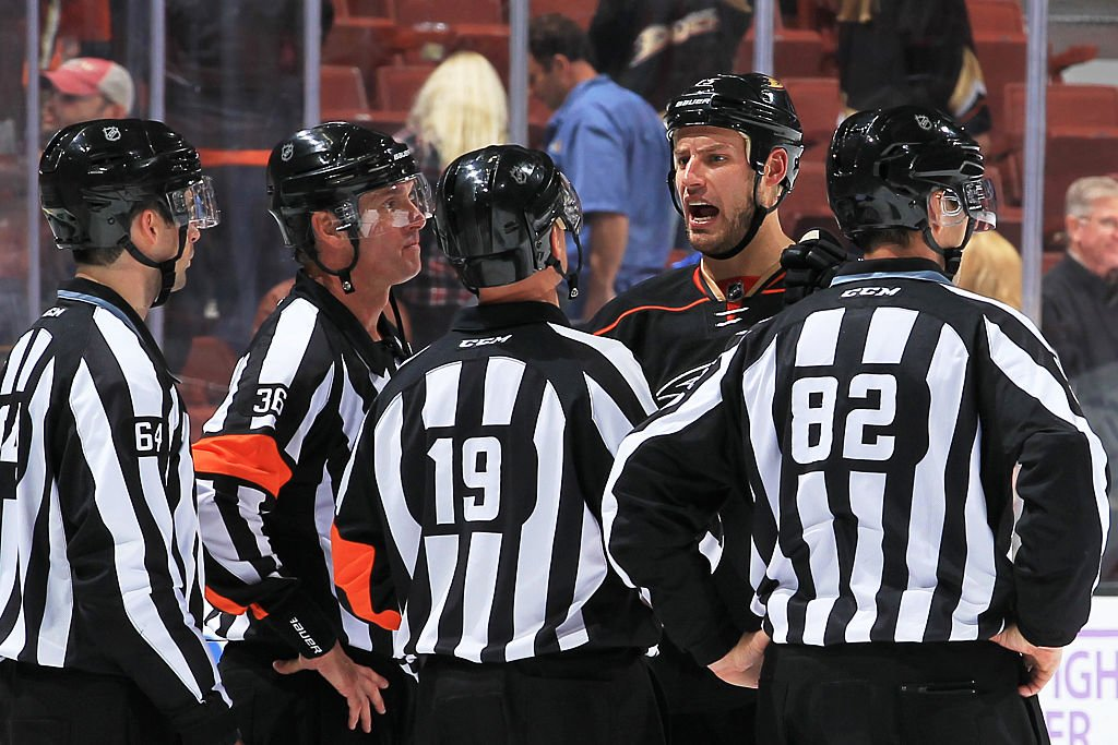 ANAHEIM, CA - NOVEMBER 22: Ryan Getzlaf #15 of the Anaheim Ducks talks with the referees following a shootout loss against the New York Islanders on November 22, 2016 at Honda Center in Anaheim, California. (Photo by Debora Robinson/NHLI via Getty Images)