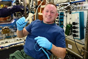 NASA Emails a Wrench Into Space image 3d printing space 1 e1419185677279