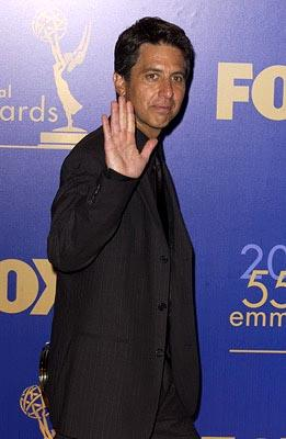 "Ray Romano Outstanding Comedy Series ""Everybody Loves Raymond"" 55th Annual Emmy Awards - 9/21/2003"