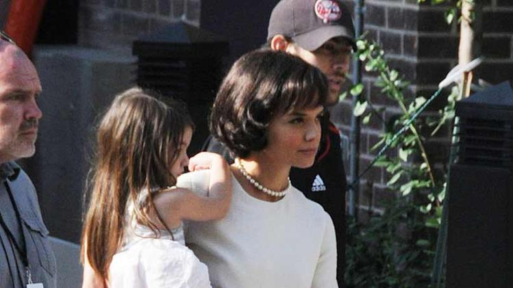Spotted on Set July 2010 Katie Holmes