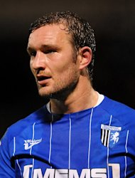 Danny Kedwell was on target in Gillingham's 1-1 draw with Chesterfield