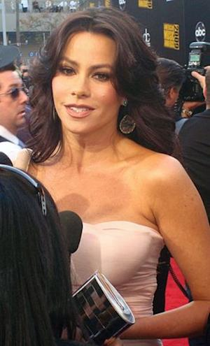 Photo:  Sofia Vergara.  Author Keith Hinkle, User: Benchill.  Wikimidia Commons.  Nov. 22, 2009 at the American Music Awards