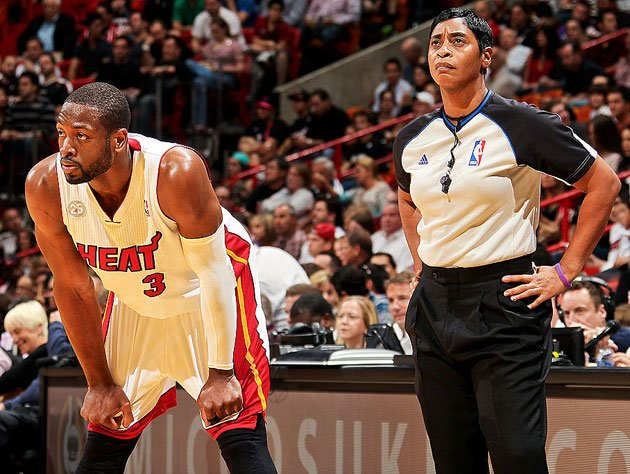 Violet Palmer in 2015, working alongside Dwyane Wade. (Getty Images)