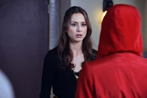 Pretty Little Liars Finale Recap: The Red Coat (Kinda) Comes Off — Plus: [Spoiler] Lives!