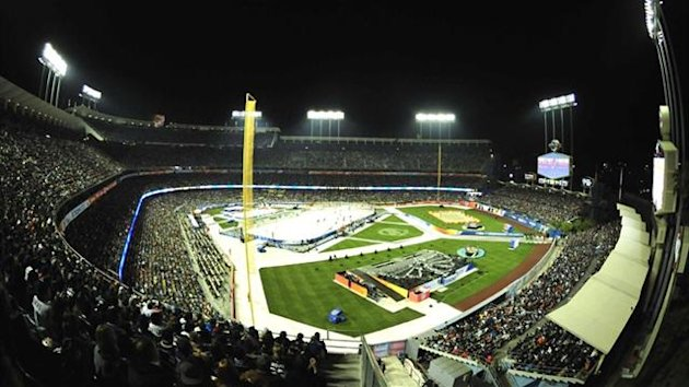 A general view of the Stadium Series hockey game at Dodger Stadium (Reuters)