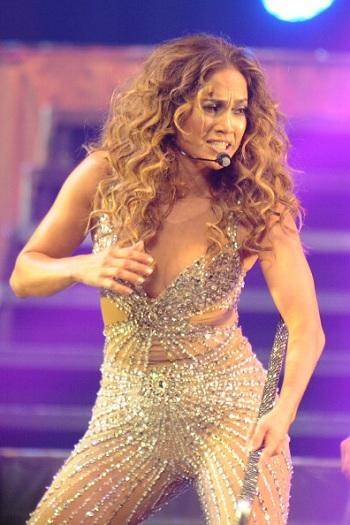 Jennifer Lopez's $20M Blackmail Suit Against Former Driver Dismissed