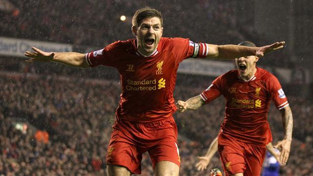 Premier League - Liverpool roll over Everton in one-sided Merseyside derby