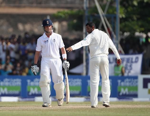 Sri Lanka v England: 1st Test - Day Three