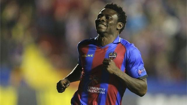 Concacaf Football  - Nigeria striker Martins joins Seattle Sounders