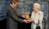 Bafta: Queen 'Most Memorable Bond Girl Yet'