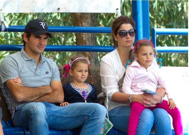 Roger federer s wife mirka gives birth to twin boys federer