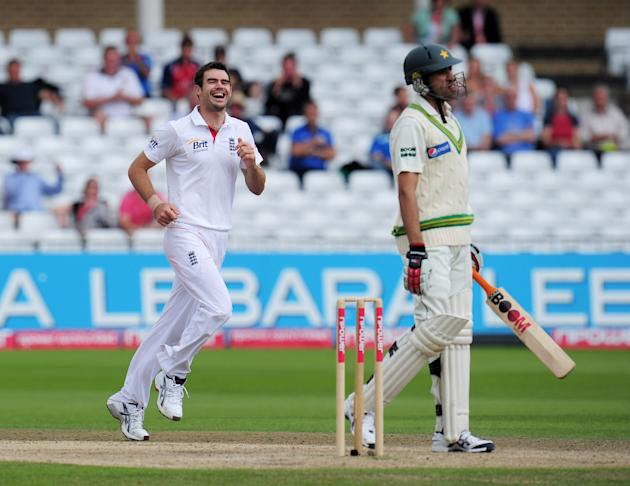 England v Pakistan: 1st Test - Day Four