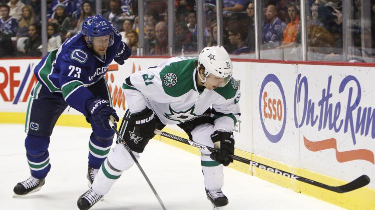Dallas Stars v Vancouver Canucks