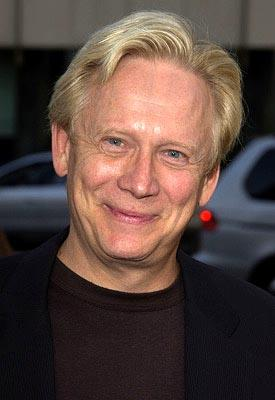 Premiere: Bruce Davison at the Beverly Hills premiere of Paramount's Serving Sara - 8/20/2002