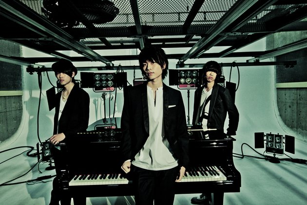 WEAVER, a three-man piano-rock band from Japan, is coming to Singapore to open for flumpool this month. (Photo courtesy of Amuse Inc.)