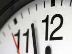 HR Takes Less Than 5 Minutes To Review A Resume (Report) image Clock