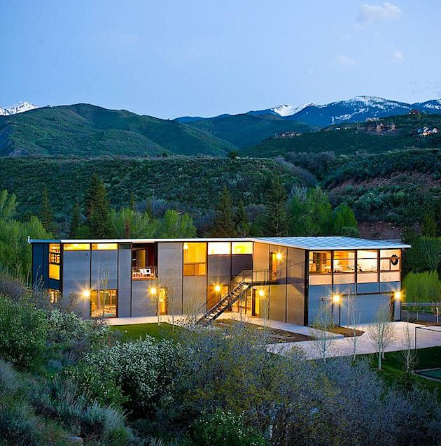 Click the photo to see Kiplinger's guide to buying a prefab house. (Photo credit: FlatPakHouse.com)