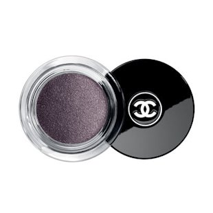 Illusion D'Ombre Long Wear Luminous Eyeshadow in Illusoire Chanel