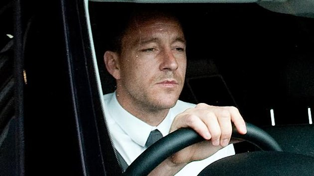 Chelsea soccer player John Terry leaves a Football Association hearing at Wembley stadium in London September 25, 2012 (Reuters)