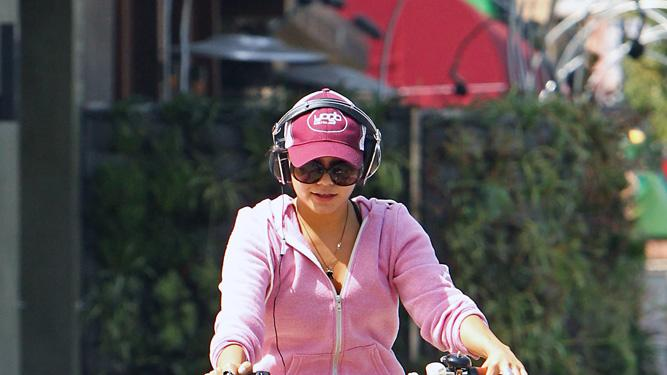 Vanessa Hudgens Leaving Gym