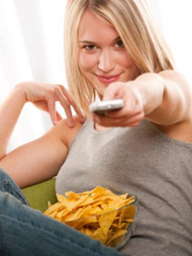What's Messing With Your Health: Eating While Distracted