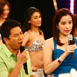 Willie Revillame and Shalani Soledad (Jerome Ascano, NPPA Images)