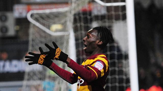 Football - Turgott extends Bantams stay