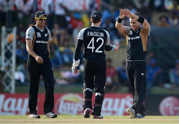 West Indies v New Zealand - ICC World Twenty20 2012: Super Eights Group 1