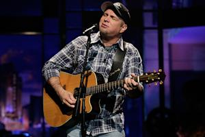 Garth Brooks Will Tour Next Year