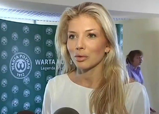 Izabella Lukomska-Pyzalska is dubbed the 'hottest football boss' in the world. (YouTube screengrab)