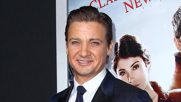 Jeremy Renner arrives to the LA Premiere of 'Hansel & Gretel: Witch Hunters'