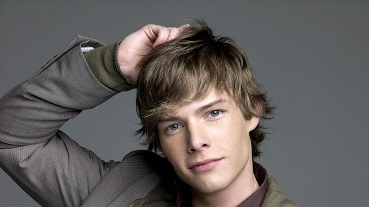Hunter Parrish stars as Silas Botwin in Weeds.