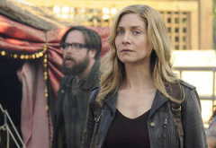 Zak Orth, Elizabeth Mitchell | Photo Credits: Brownie Harris/NBC