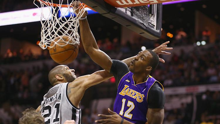 Los Angeles Lakers v San Antonio Spurs - Game Two