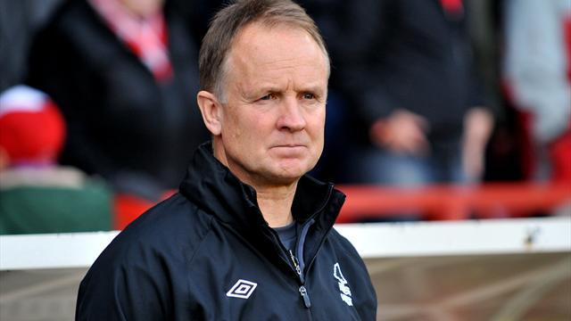 Football - Forest sack O'Driscoll