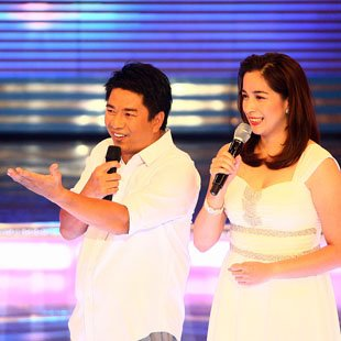 "Willie Revillame and Shalani Soledad in ""Wil Time Bigtime"" (Jerome Ascano, NPPA Images)"
