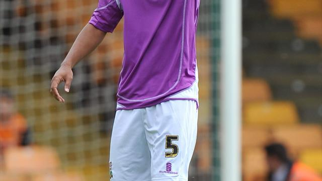 Football - Fortune leaves the Bees