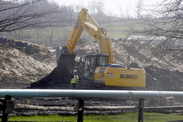 In this April 17, 2014 photo, workers continue the construction at a gas pipeline site in Harmony, Pa. Dennis Martire, from the Laborers' International Union, or LIUNA, said that the man-hours of unio