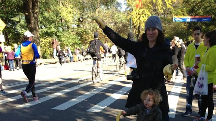 Even the kids are enjoying the #unofficial #nycmarathon