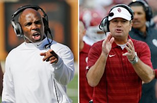 Will Charlie Strong's Longhorns or Bob Stoops' Sooners reclaim the Big 12 throne this year? (AP)