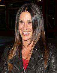 Alanis Morissette left in agony by depression battle