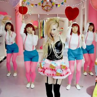 Hello Kitty, el vídeo más ridículo de Avril Lavigne