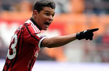 Paris Saint-Germain complete €42m signing of Thiago Silva from AC Milan