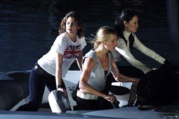 Drew Barrymore , Cameron Diaz and Lucy Liu in Columbia's Charlie's Angels: Full Throttle