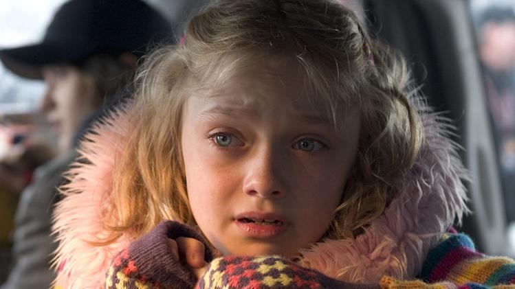 Dakota Fanning War of the Worlds Production Stills Paramount 2005
