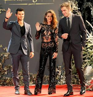 PICTURES: Kristen Stewart Shows Skin in Sheer, Black Lace Jumpsuit at Breaking Dawn - Part 2 London Premiere